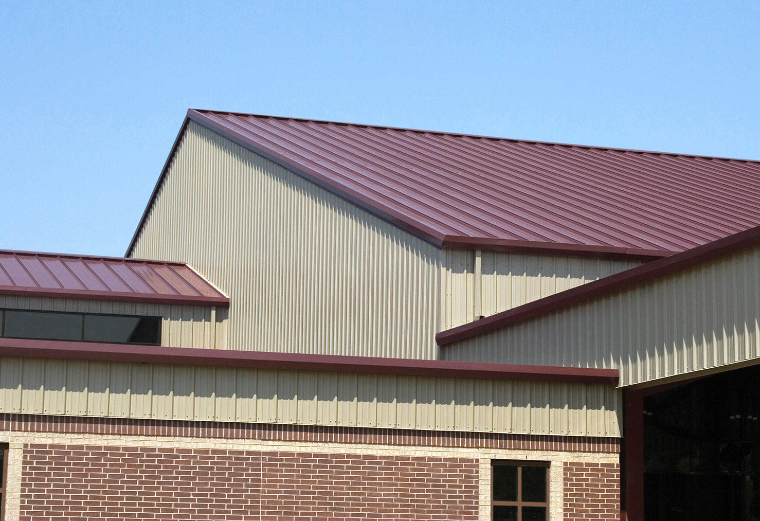 Commercial Roofing Panels For Metal Buildings And Warehouses